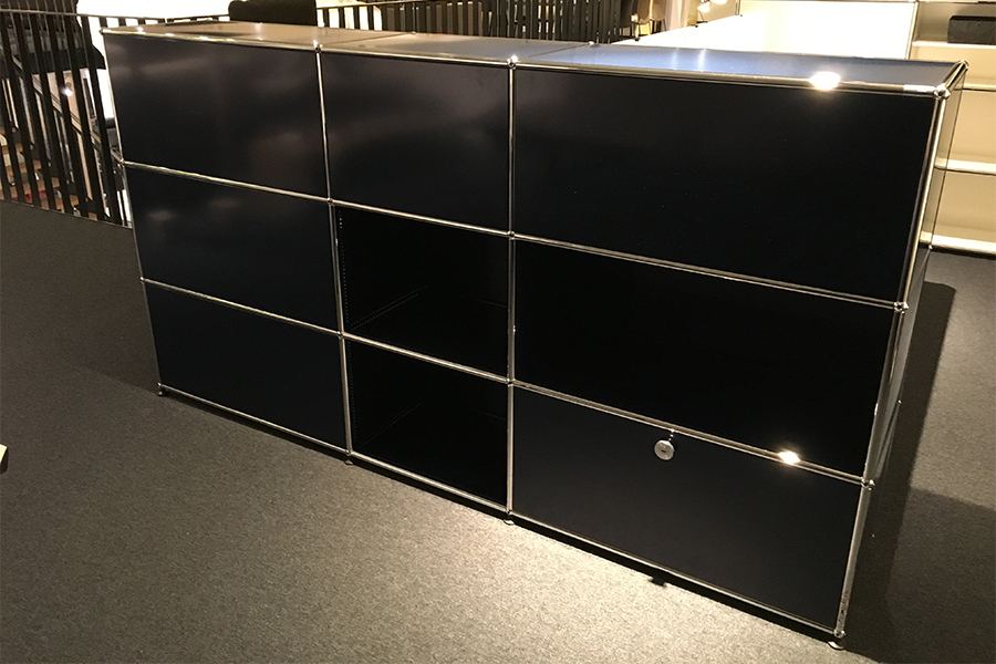 sideboard usm haller regal von usm u sch rer s hne ag. Black Bedroom Furniture Sets. Home Design Ideas